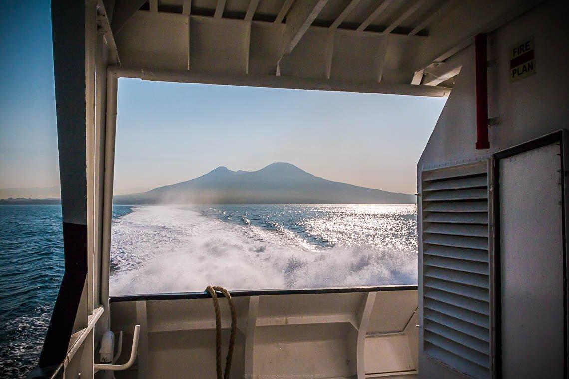 Napoli - Andiamo a Procida - Vesuvio