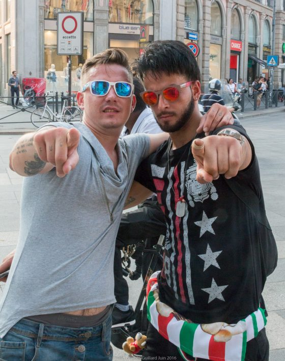 Des gens à Milan