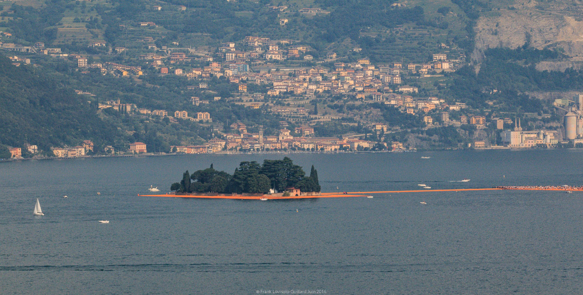 christo the floating piers 008