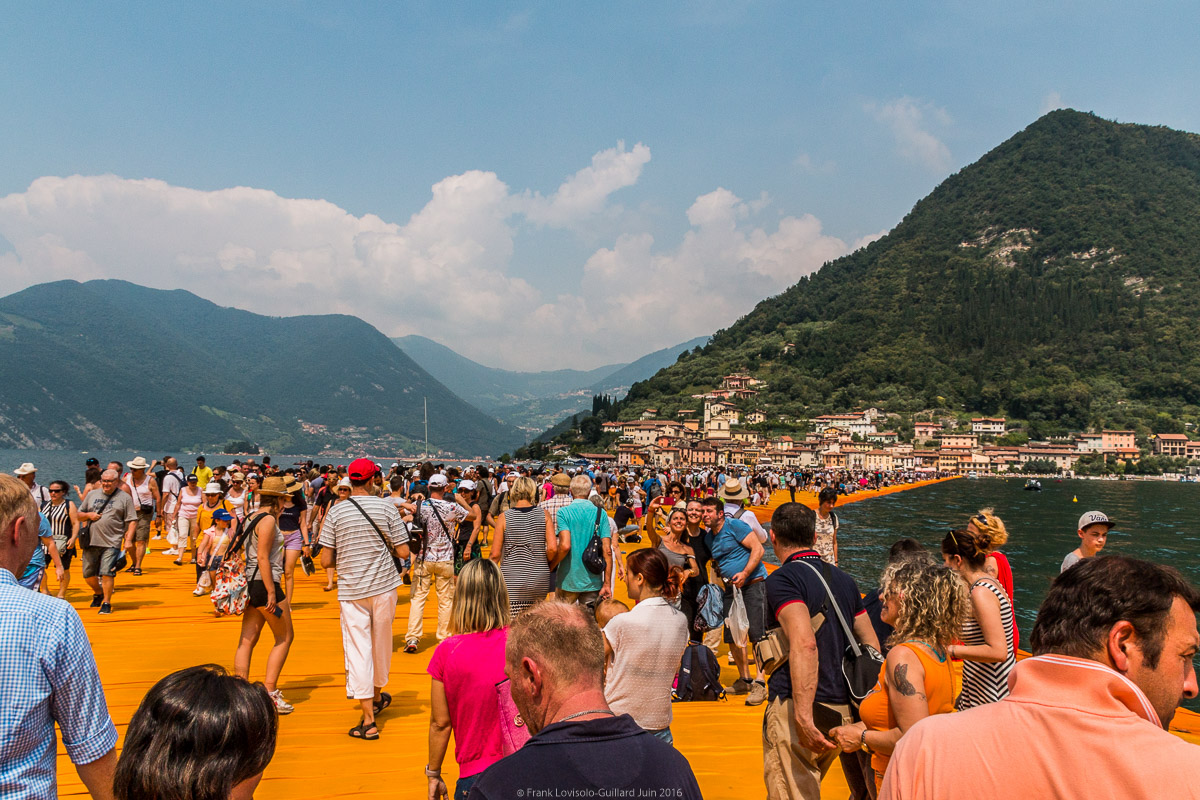 christo the floating piers 017