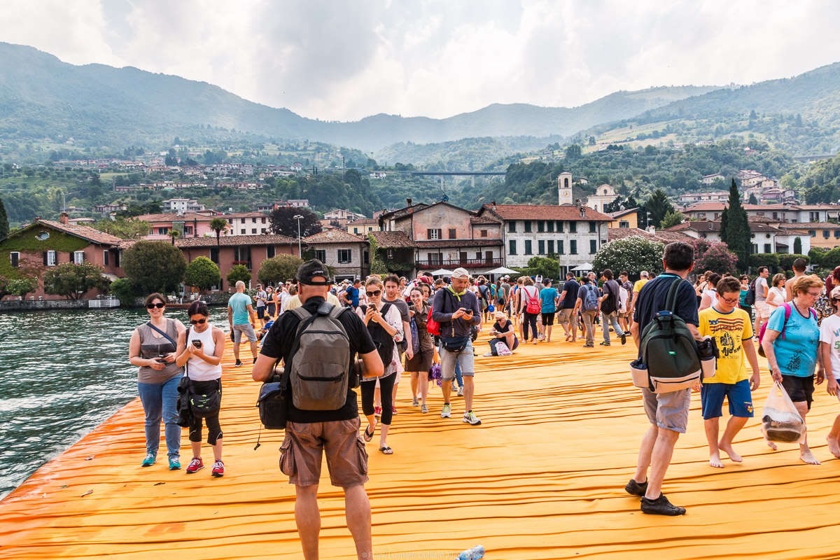 christo the floating piers 020