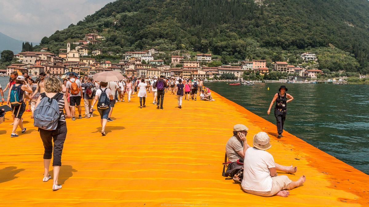 christo the floating piers 021