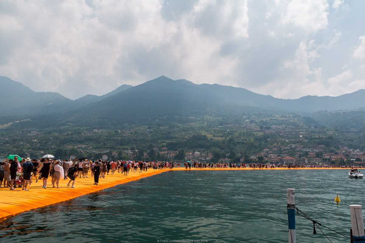 christo the floating piers 030