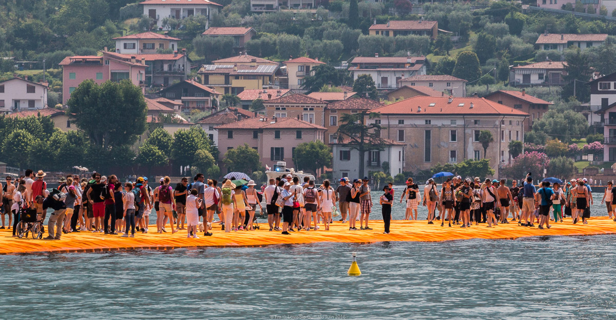 christo the floating piers 032