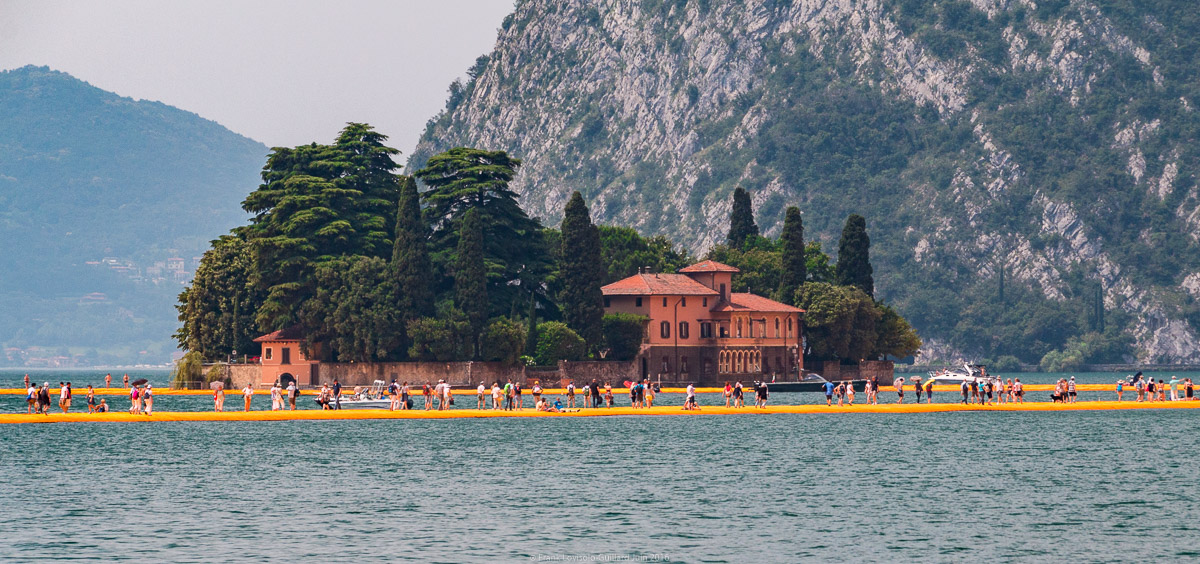 christo the floating piers 041
