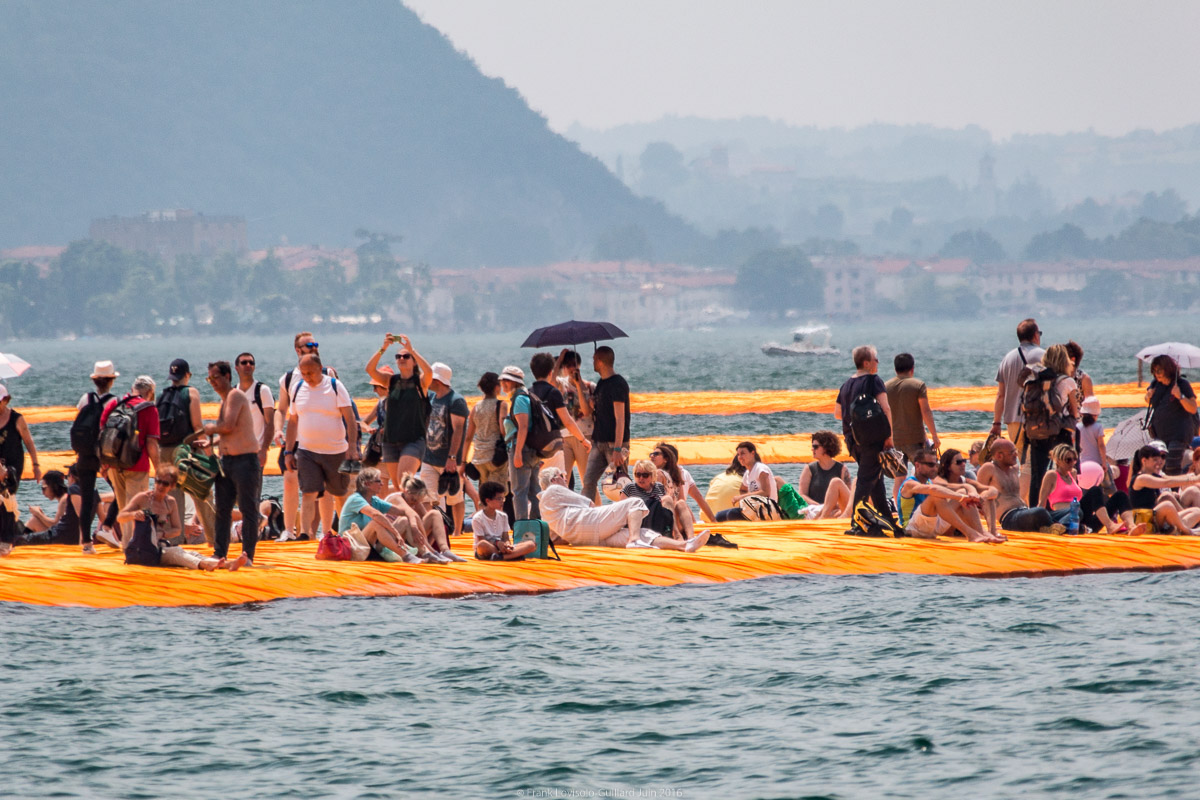 christo the floating piers 047