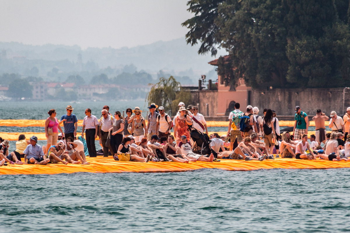 christo the floating piers 048