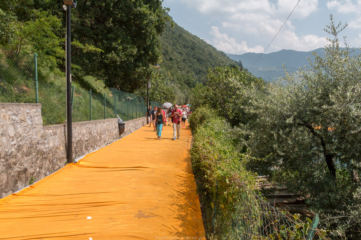 christo the floating piers 051