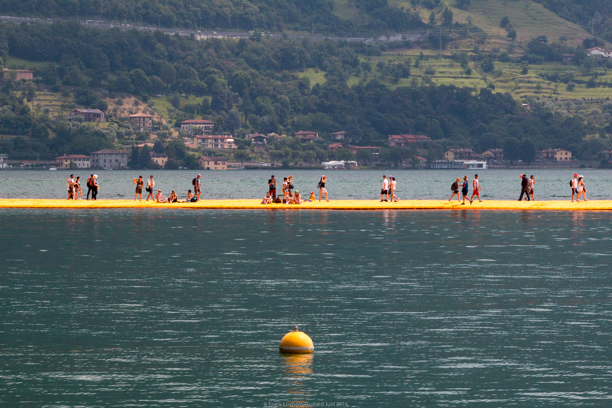 christo the floating piers 061