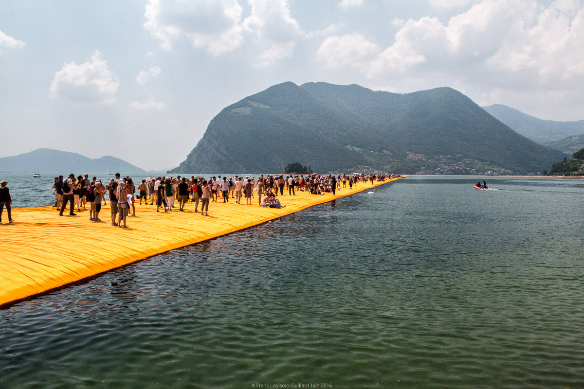 christo the floating piers 064