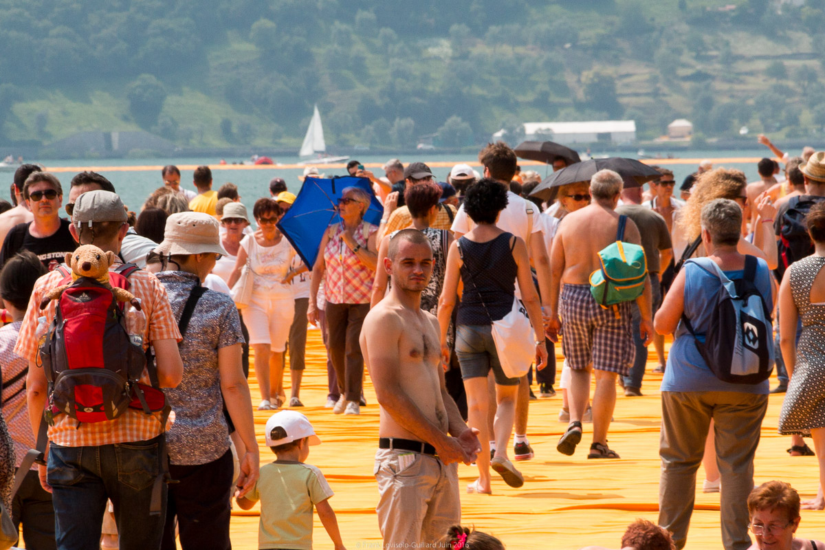 christo the floating piers 066
