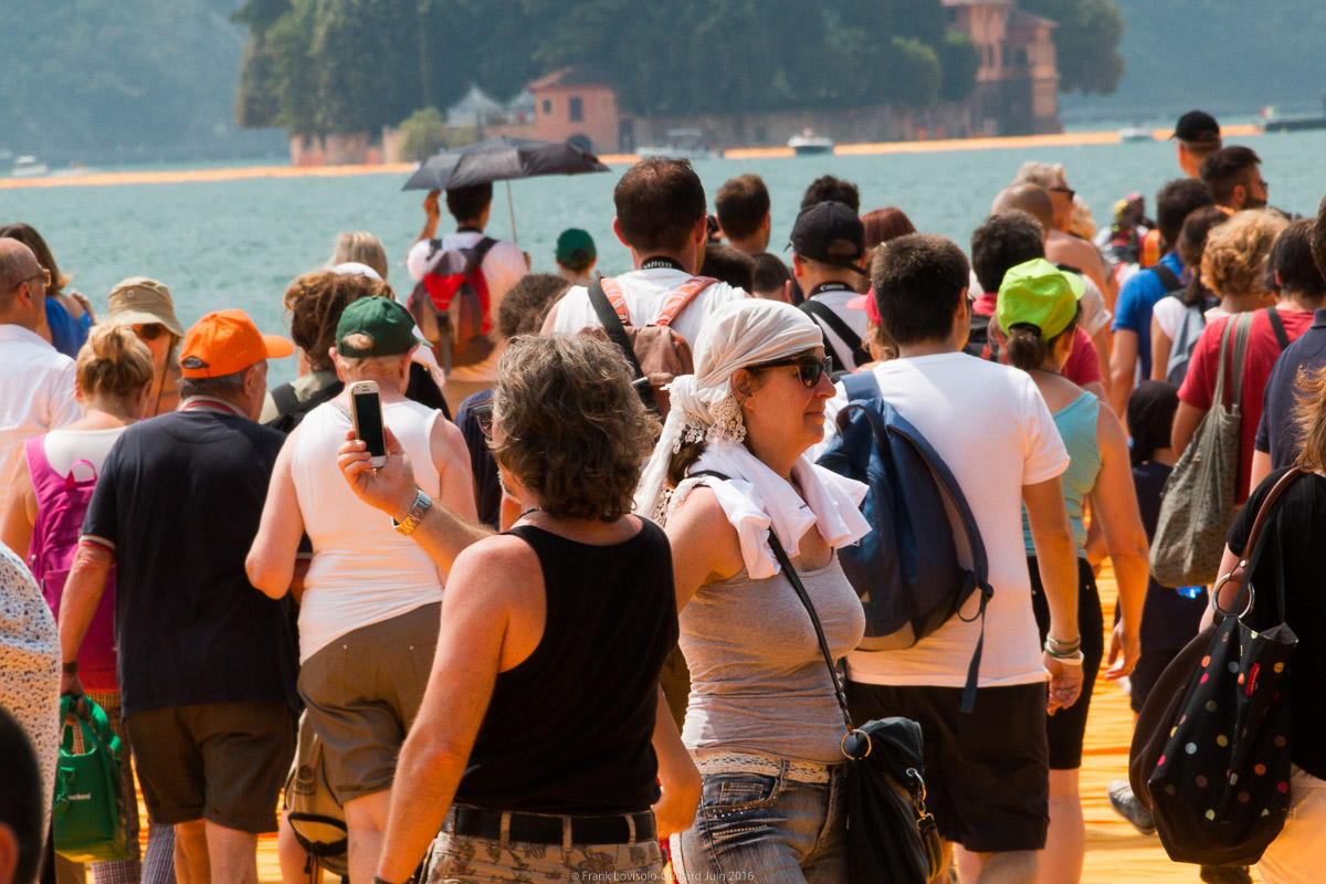 christo the floating piers 067