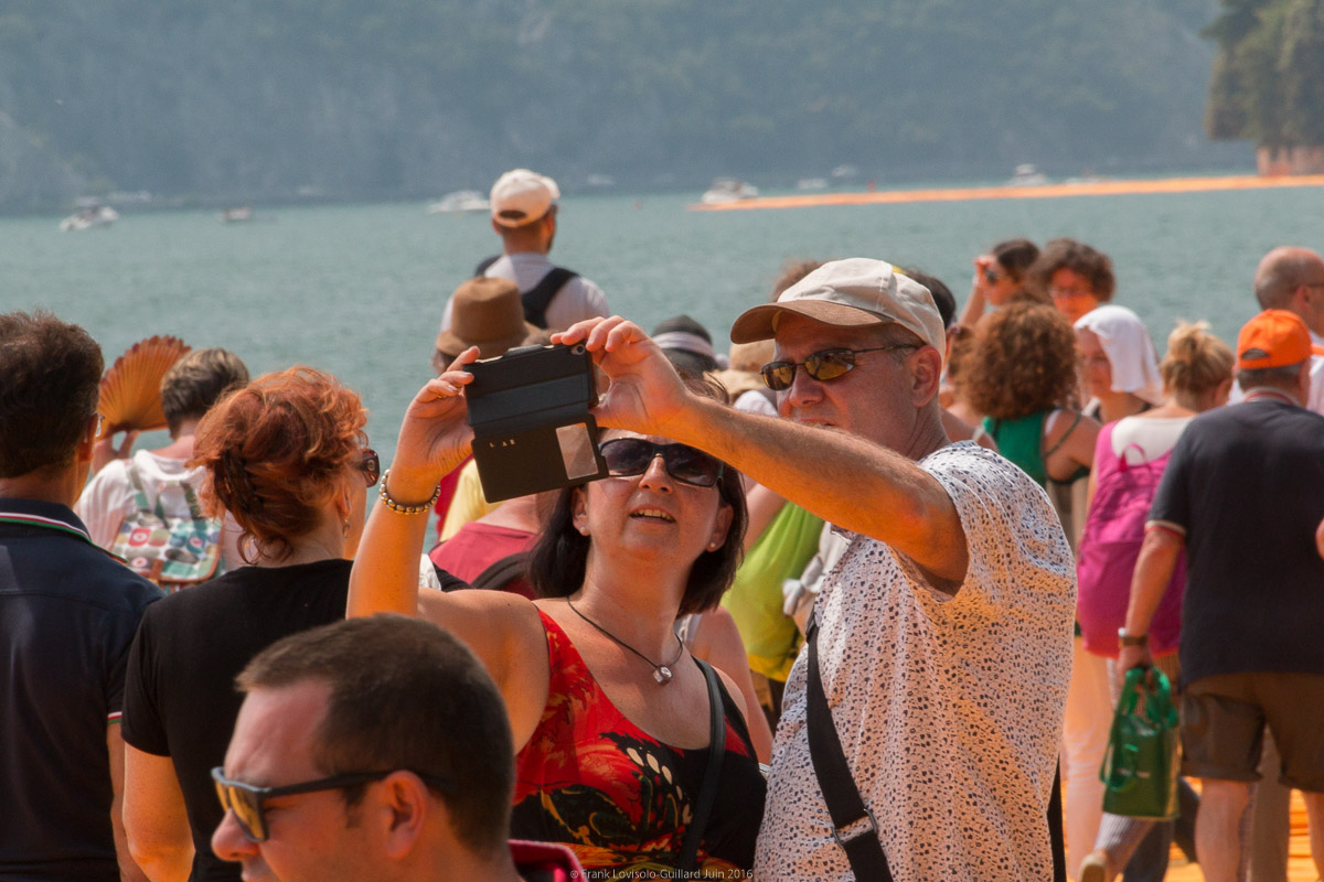 christo the floating piers 068