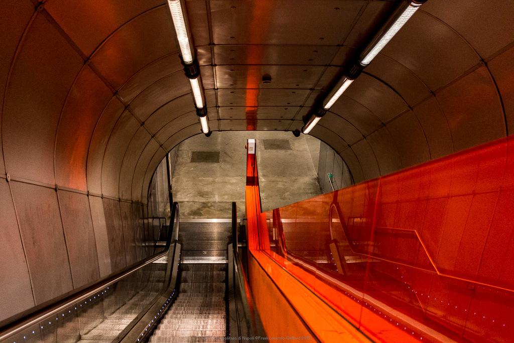 007 metropolitana di napoli