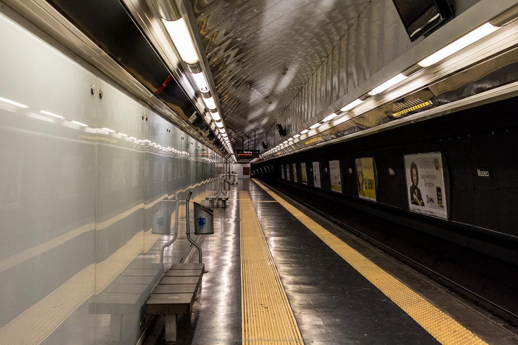 009 metropolitana di napoli