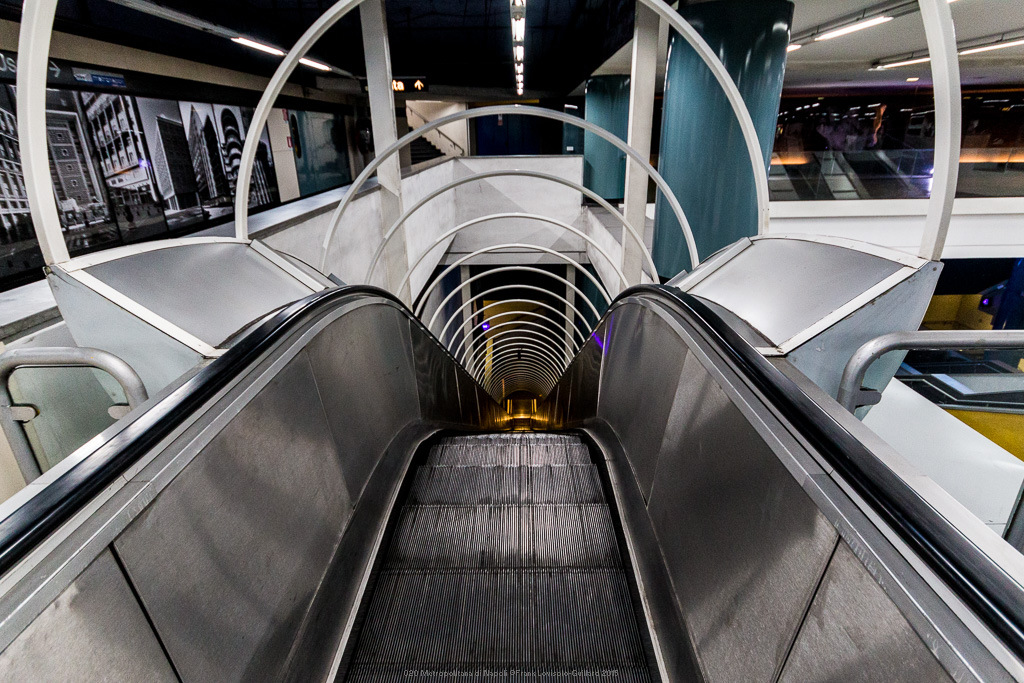 020 metropolitana di napoli