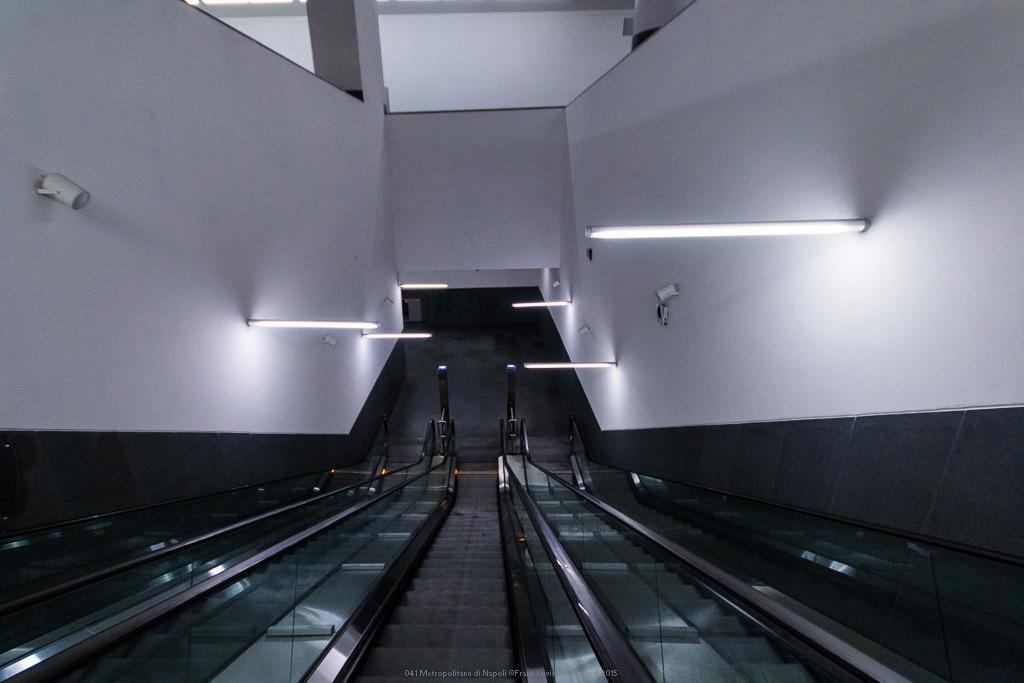 041 metropolitana di napoli