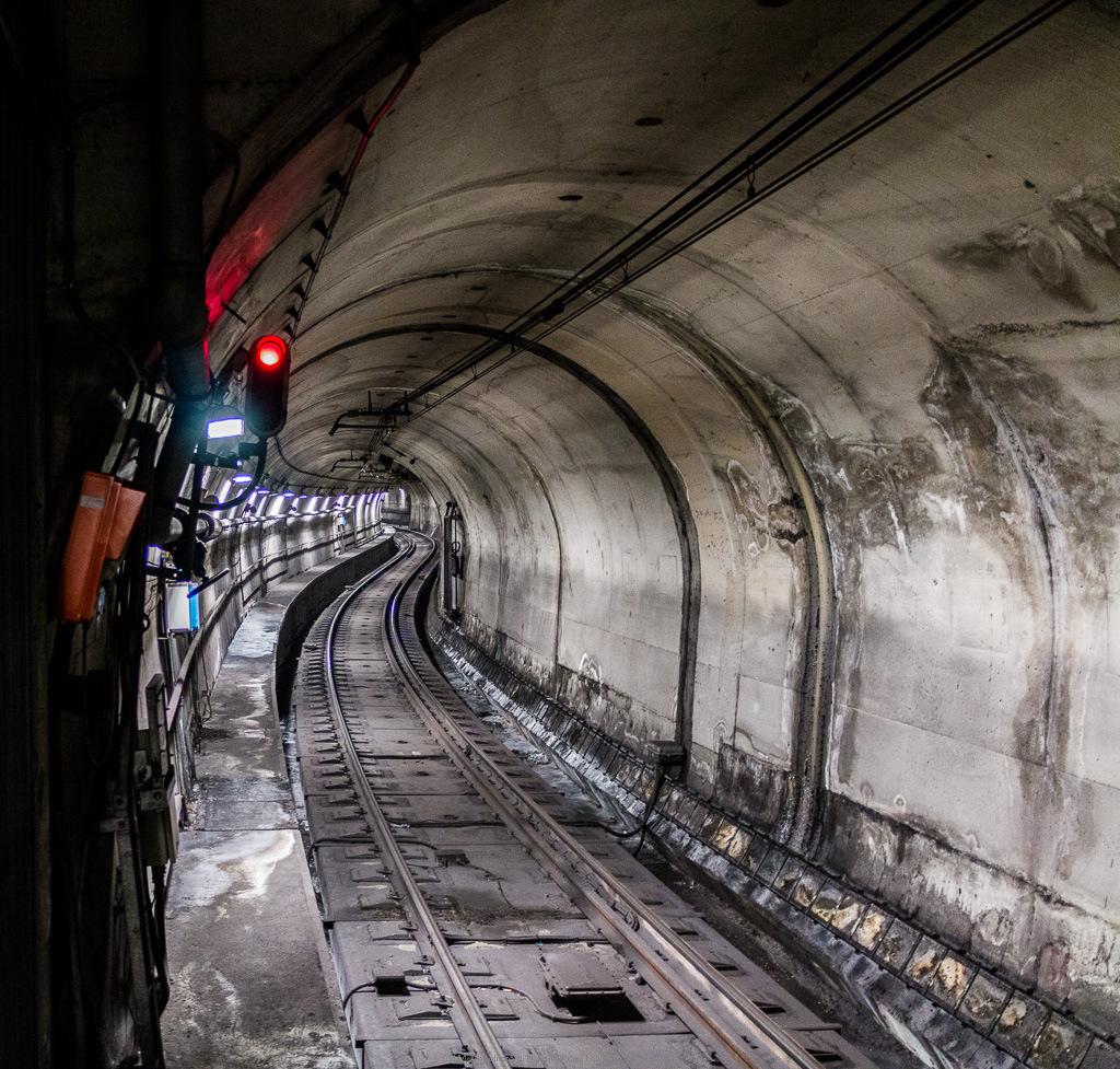 051 metropolitana di napoli