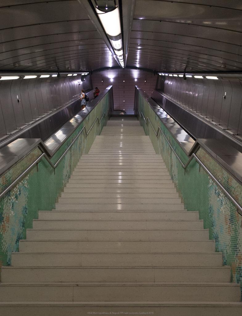 064 metropolitana di napoli