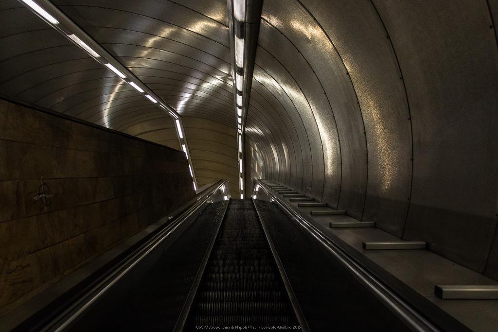 069 metropolitana di napoli