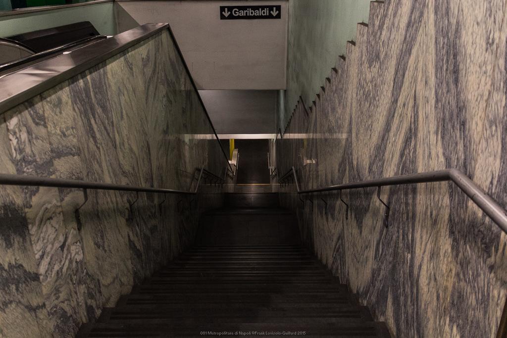 081 metropolitana di napoli