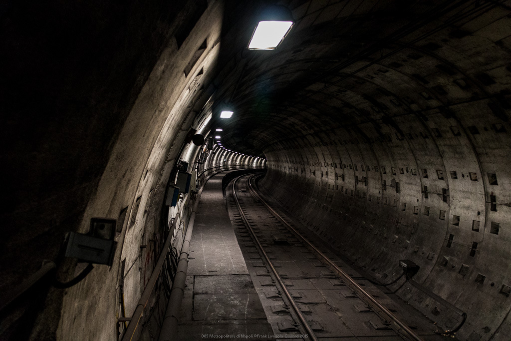 085 metropolitana di napoli