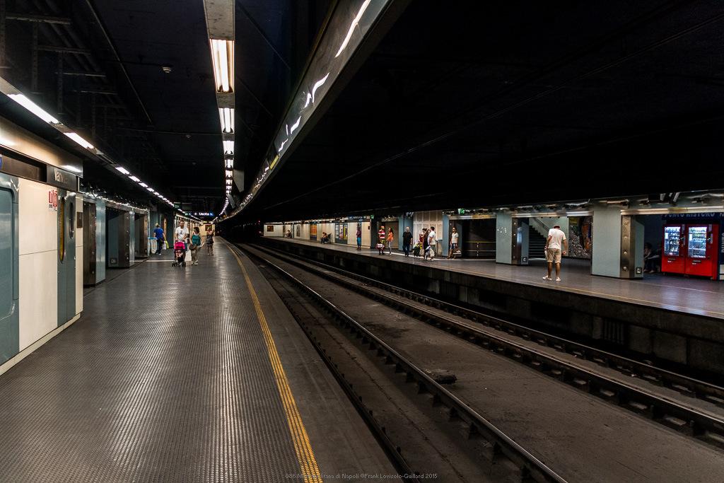 086 metropolitana di napoli