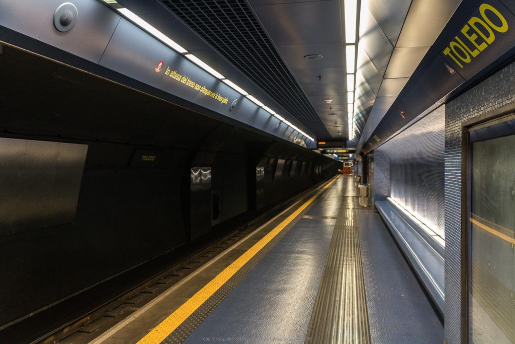 092 metropolitana di napoli
