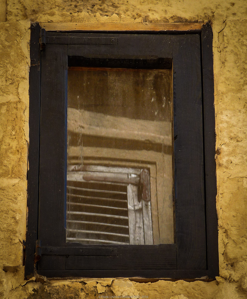 ouvertures portes heurtoirs et autres quincailleries a malte 013