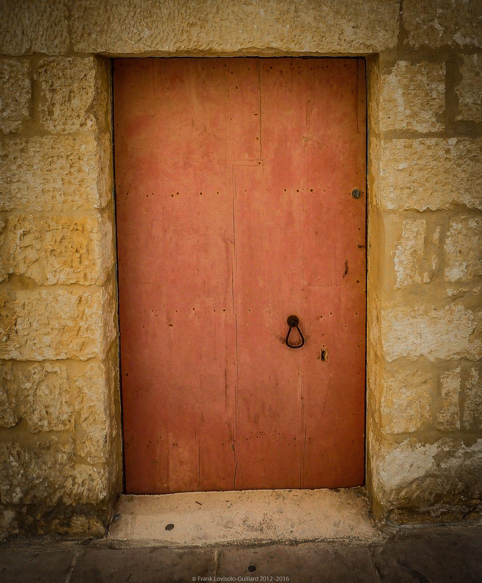 ouvertures portes heurtoirs et autres quincailleries a malte 022
