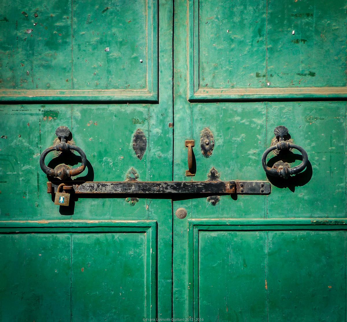ouvertures portes heurtoirs et autres quincailleries a malte 033
