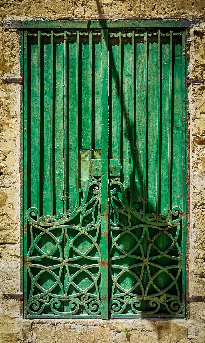 ouvertures portes heurtoirs et autres quincailleries a malte 041