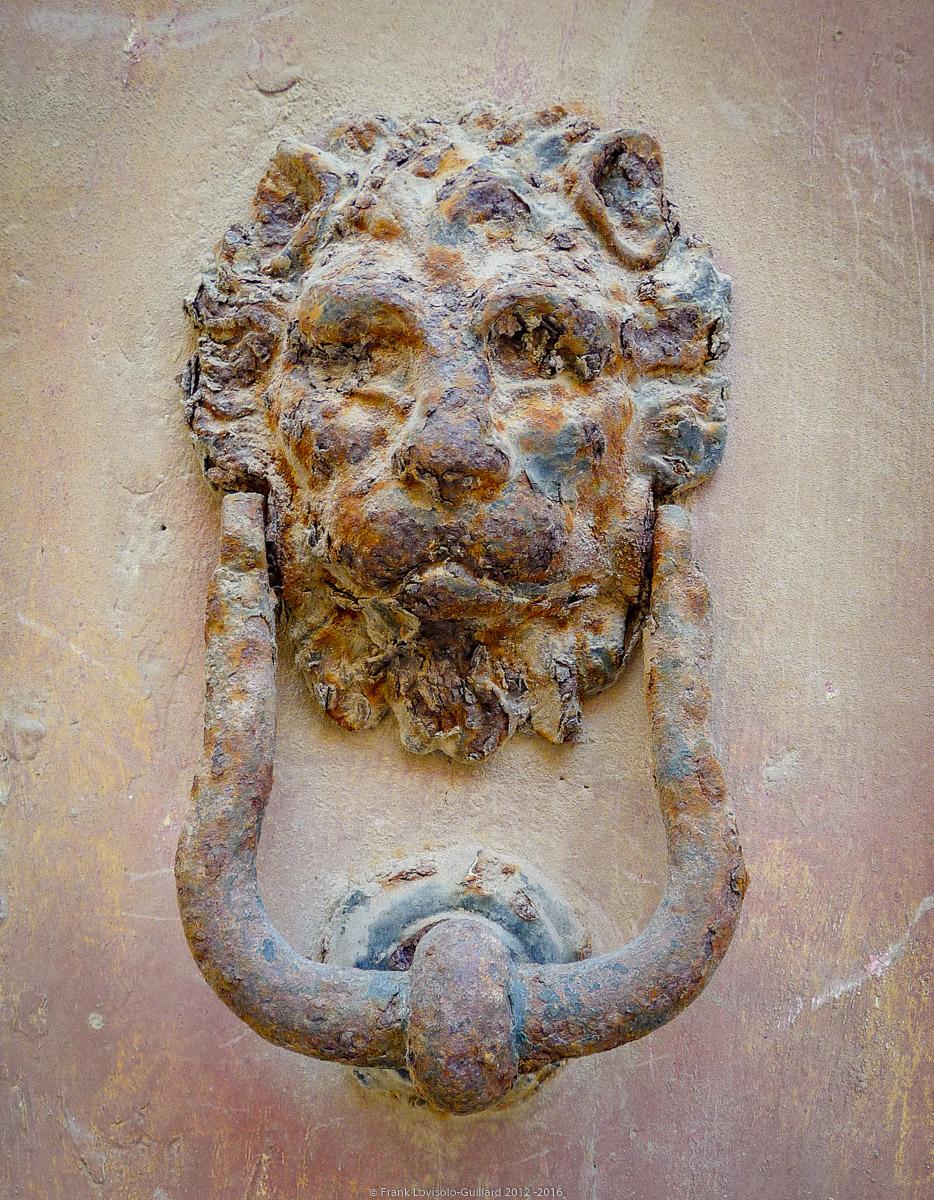 ouvertures portes heurtoirs et autres quincailleries a malte 044