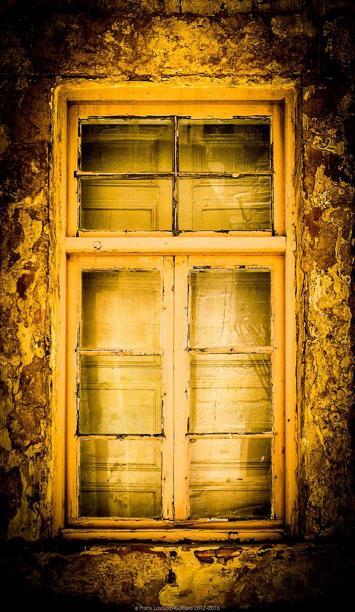 ouvertures portes heurtoirs et autres quincailleries a malte 050