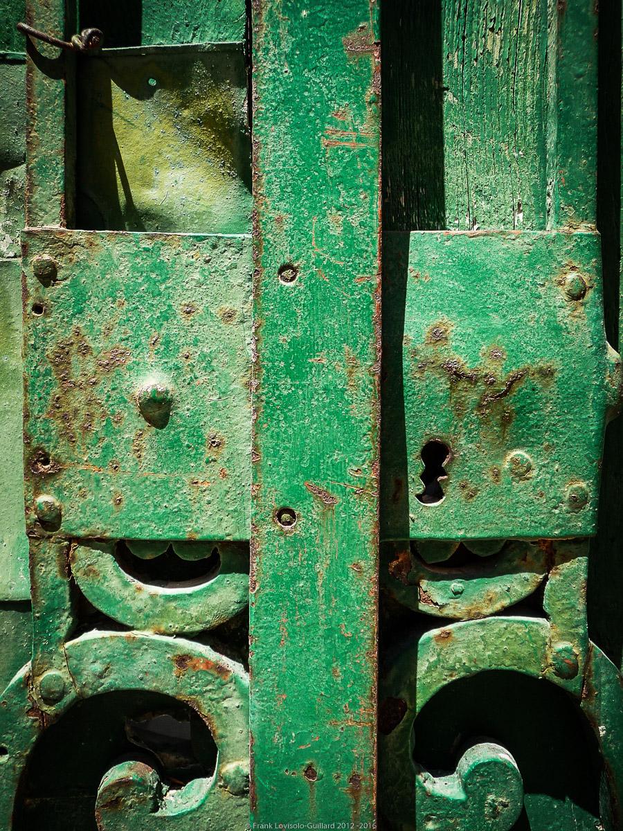 ouvertures portes heurtoirs et autres quincailleries a malte 060