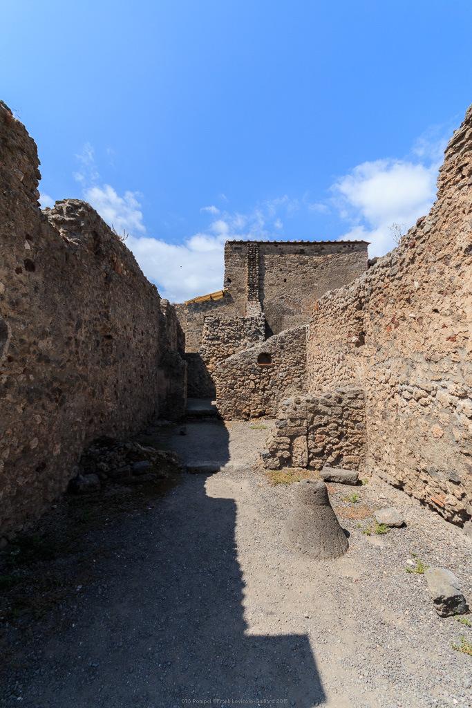 073 pompei