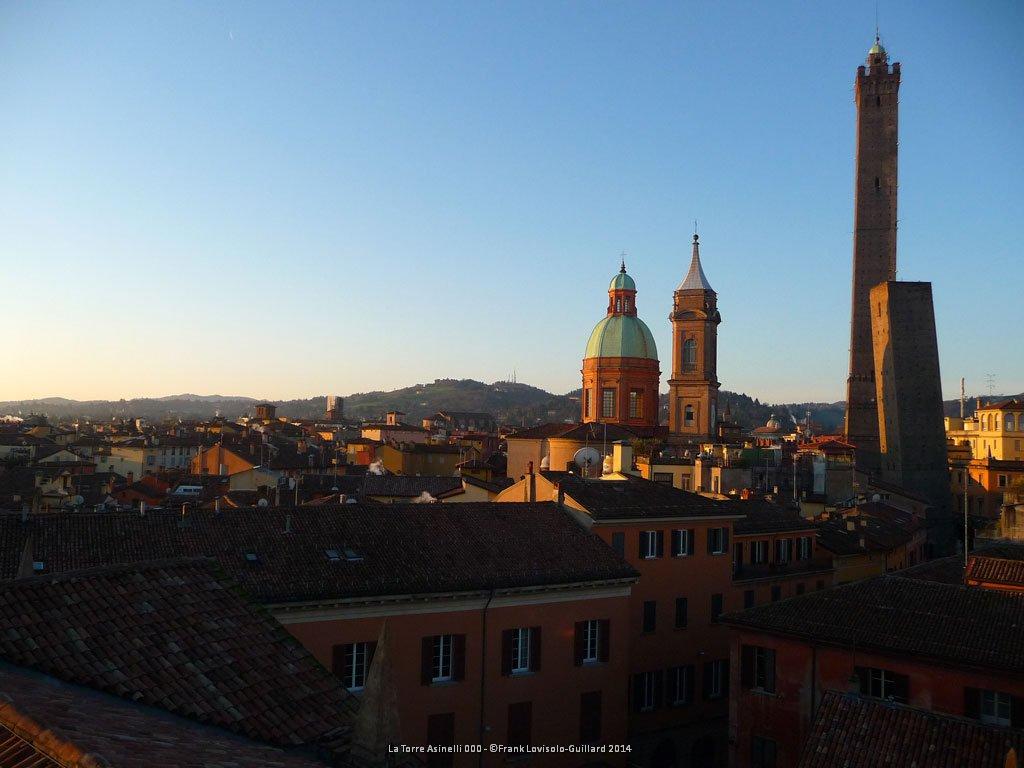la torre degli asinelli - Bologne