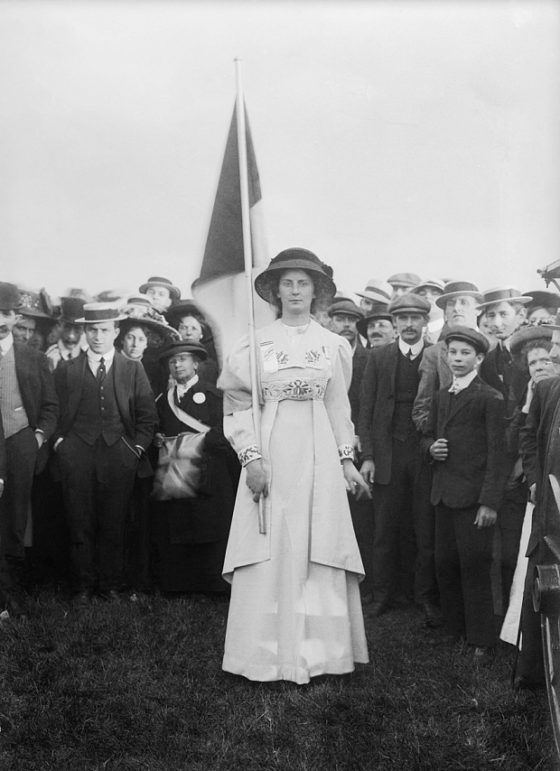 Christina Broom : Suffragette Charlie Marsh at Hyde Park rally 1908