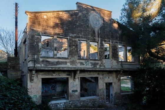 Chantier maritime du midi : Bâtiments abandonnés de la baie de Balaguier