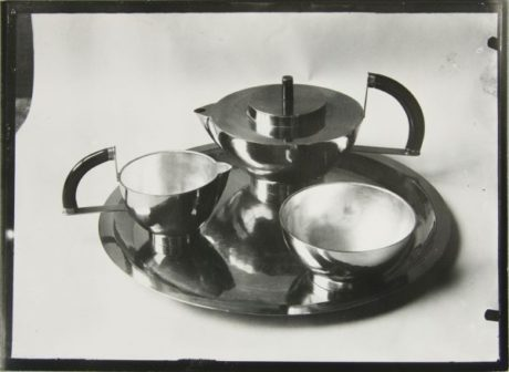 Tea Service designed by Otto Rittweger in 1924, image © Lucia Moholy Estate/Artists Rights Society (ARS), New York/VG Bild-Kunst, Bonn