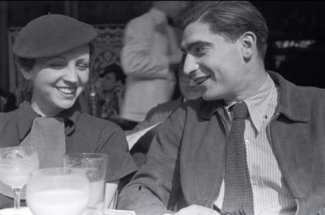 Gerda Taro et Robert Capa en 1936 à Paris Photo: Fred Stein