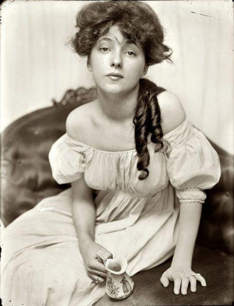 Gertrude Käsebier  - Miss N (Portrait d´Evelyn Nesbit), 1903