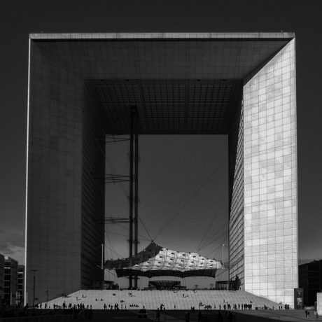 Hypercube-Tesseract - L'Arche de la Défense