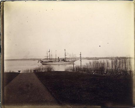 E. Alice Austen, [Steamer in Narrows], ca. 1900.