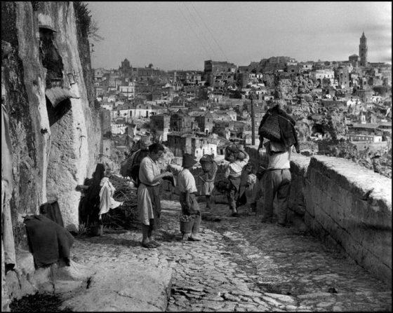 Basilicata. Matera. Italia. 1948 © David Seymour